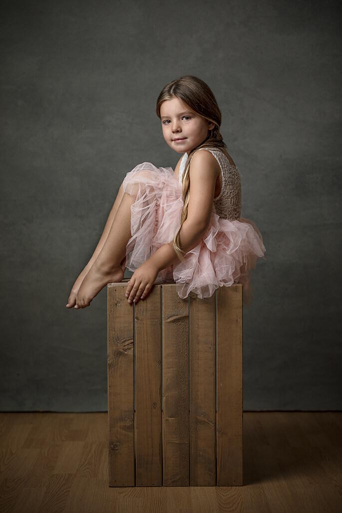 girl in pink tutu