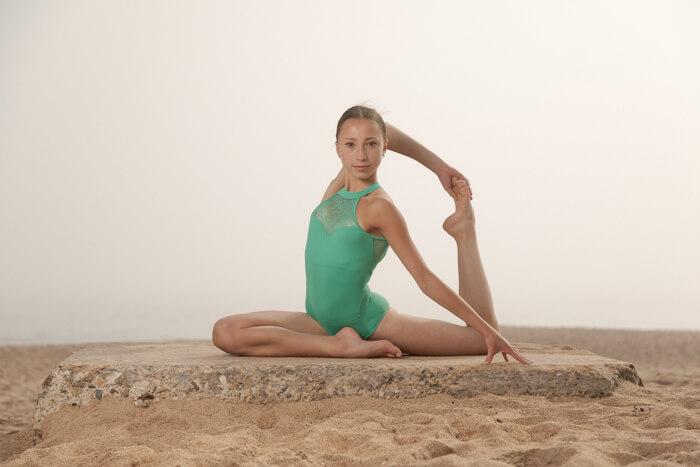 Outdoor Dance Portrait of Amelia Tyler